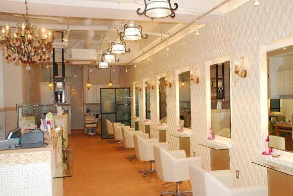 美容室リトルフェイスUNO 新越谷店求人画像