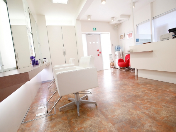 美容室suite salon fluff求人画像