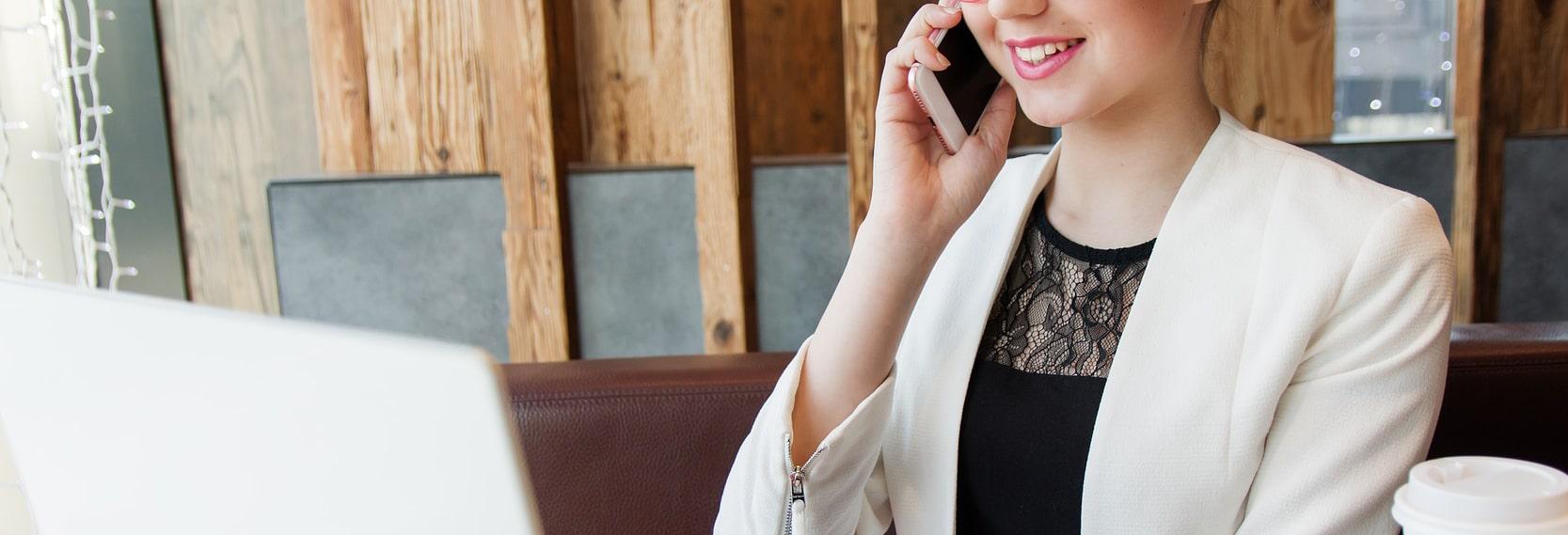 美容動画求人tocoroni(トコロニ)|電話サポートサービス